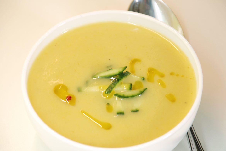 Reteta supa crema de praz cu cartofi, geniala, inclusiv varianta de post