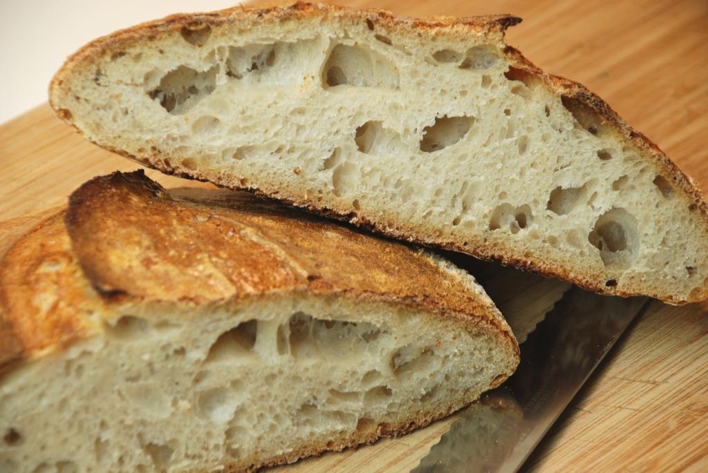 Paine cu maia, maia facuta in casa, cum fac paine cu maia, de unde iau maia, reteta paine cu maia, paine cu maia bucuresti, de unde iau paine cu maia, paine simpla cu maia naturala, cum se prepara painea fara drojdie, paine de casa cu maia naturala,