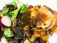 Antricot de porc cu sos de trufe, reteta friptura de porc cu sos de trufe, retete cu trufe, retete bonfood, antricot de porc cu sos de ciuperci, friptura de porc cu sos de trufe, muschiulet de porc cu sos de trufe, reteta antricot de porc cu sos de ciuperci, reteta carne cu trufe, reteta porc cu trufe, reteta fancy cu porc, reteta deosebita cu porc, reteta speciala cu porc si trufe, reteta porc si trufe